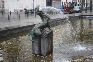 Fontana Anspach - dettaglio