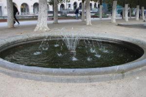 Monts des Arts - una delle fontanelle presenti