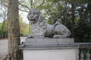 Parco Cittadino - l'immancabile leone di guardia