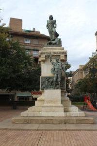 Statua per Augustina de Aragon