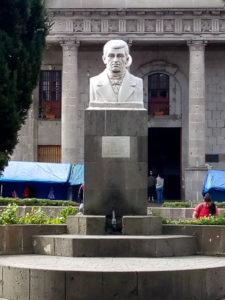 Statua nel Parque a Centro America - 1
