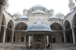 Moschea Sehzade - cortile interno