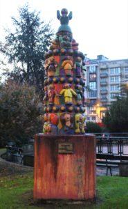Singolare scultura in memoria di Alexandre Boveda