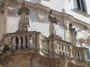 All'Ingresso di Piazza del Duomo