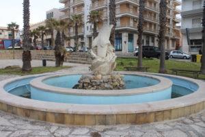 Fontana con Delfino