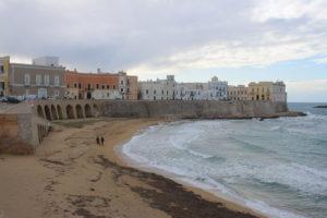 Gallipoli affacciata sulla Spiaggia della Purità