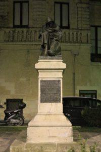Statua per Fanfulla da Lodi