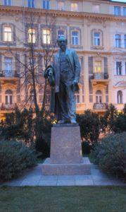 Monumento per Jakub Arbes