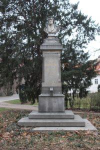 Monumento per Josef Dobrovsky