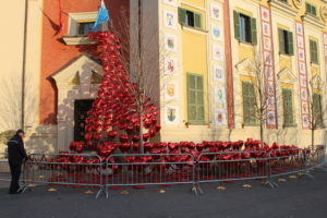 Omaggio di Tirana alla ricorrenza di San Valentino