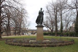 Statua per Bozena Nemcova