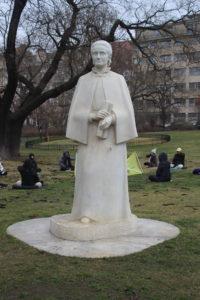 Statua per Eliska Krasnohorska