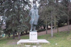 Statua per Jan Neruda