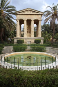 Monumento a Sir Alexander Ball