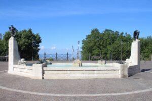 Fontana delle Tartarughe - panoramica