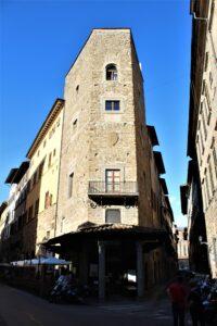 Palazzo-Torre degli Alberti