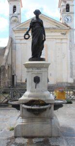 Statua-Fontana della Bella Flora