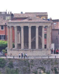 Tempio della Sibilla