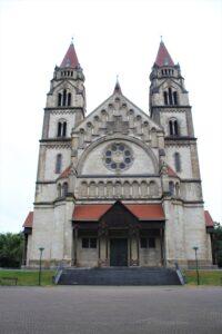 Chiesa di San Francesco di Assisi - fronte