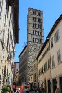 Chiesa di Santa Maria della Pieve - affaccio su Corso Italia