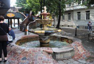 Hundertwasserhaus - Fontana