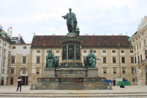 Hofburg - Statua Equestre di Kaiser Franz I°