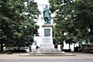 Monumento a Josef Ressel