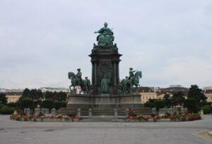 Monumento a Maria Teresa d'Austria
