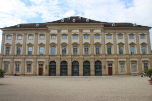 Palais Lichtenstein - fronte