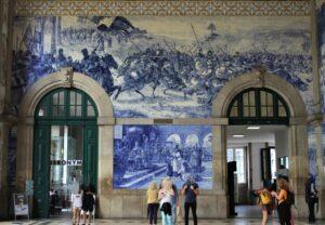 Azulejos alla Stazione di Porto Sao Bento - 1