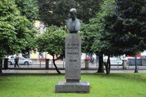 Busto per Antonio Carvalho de Silva-Porto