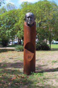 Busto per il Comendador Egas Salgueiro
