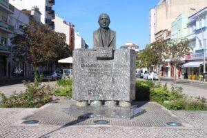 Busto per il Dr Lourenço Simoes Peixinho