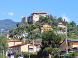 Castello Malaspina visto da Via Aurelia