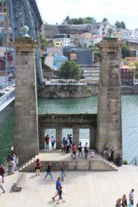 Colonne del Vecchio Ponte Sospeso