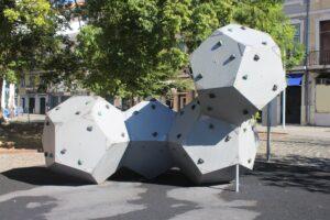 Fontana composta da Cubi
