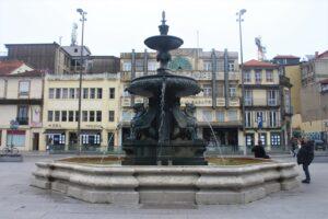 Fontana dei Leoni - panoramica