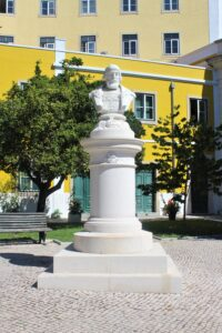 Monumento a Dom Manuel I°
