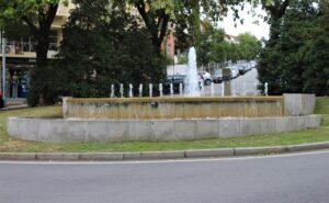 Rotonda di Rua Valdonas - piccola fontana