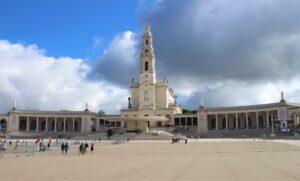 Santuario di Nostra Signora del Rosario di Fatima (primo mattino)