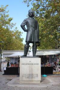 Statua a Joao Alfonso de Aveiro