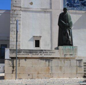 Statua del Vescovo Joao Evangelista de Lima Vidal