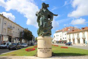 Statua della Principessa Santa Joana