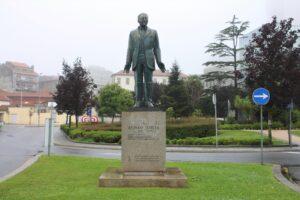 Statua di Alfonso Costa