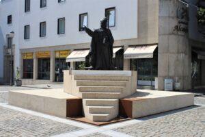 Statua di Dom Frei Bartolomeu Dos Martires