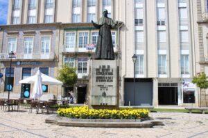 Statua di Pio XII°