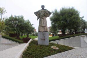 Statua per il Vescovo Antonio Ferreira Gomes