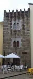 Torre das Almadas