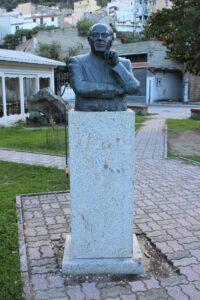 Busto per Don Graziano Muntoni