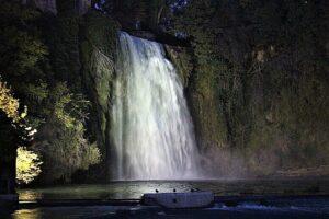 Cascata Grande dopo il tramonto